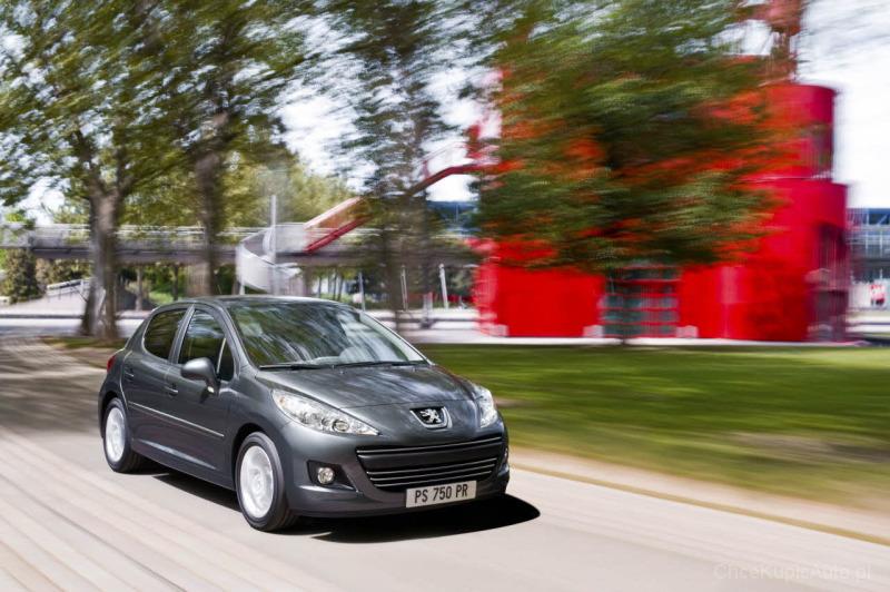 Peugeot 207 1.4 HDI 70 KM 2011 hatchback 5dr skrzynia ręczna napęd ...
